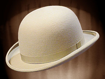 c61e52deca2d5 REAL BOWLER DERBY HAT OFF WHITE (2 3 weeks) - - THEATRHALL